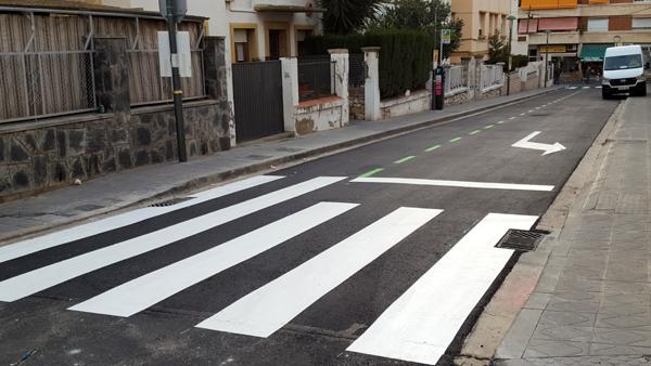 Obres finalitzades als carrers Florenci Vives i Monestir de Poblet