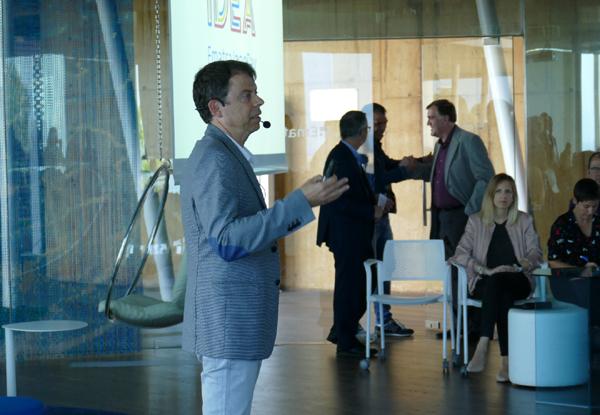 Francesc Mauri, geógrafo y meteorólego de TV3 y Catalunya Ràdio en un momento de su intervención en la Jornada Idea 2019
