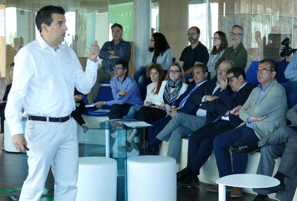 José Molina Onate - División de Ingeniería, proyectos e Innovación de Ematsa durante su intervención en la Jornada Idea 2019